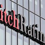 Fitch: Aναβάθμιση της Ελλάδας κατά δύο βαθμίδες σε «ΒΒ-»